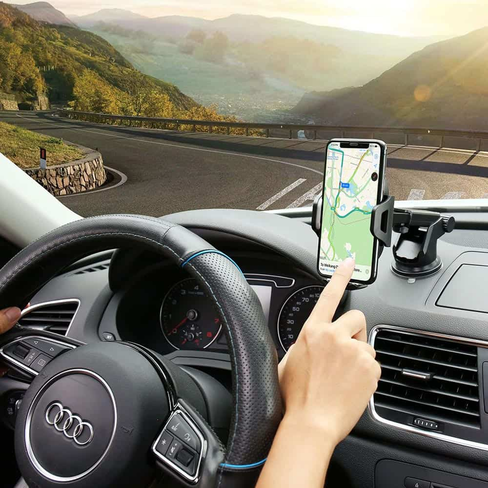 Phone Stand: Let Your Directions Reflect In Front Of You While Driving