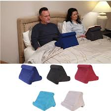 Travel Essentials – A Pillow Holder For Your Trip